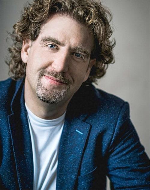 Dr Michael Finneran